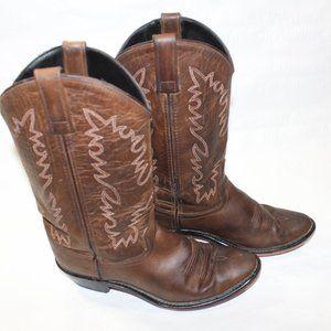 Women Cowboy leather boots size 7